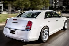 21 chrysler 300 new 12