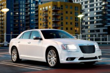 21 chrysler 300 new 18